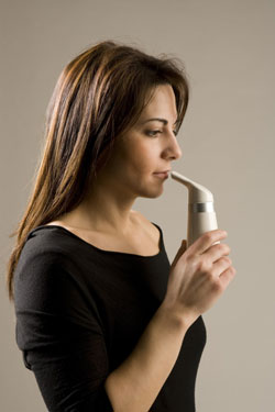 Salt inhaler refillable